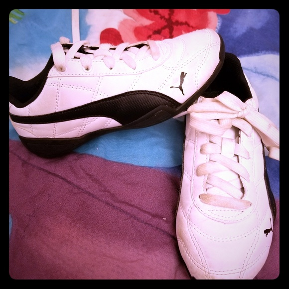 white puma shoes for girls